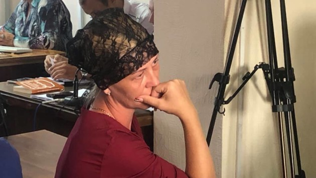 Исчезновение 17-летней Дианы Хриненко: подозреваемый на суде отводит взгляд от матери погибшей