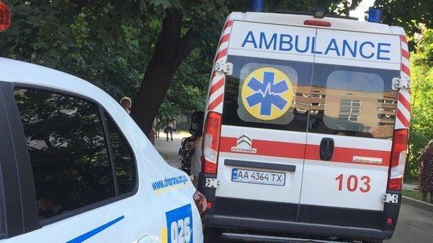 В Киевской области за сутки из окон выпало двое детей