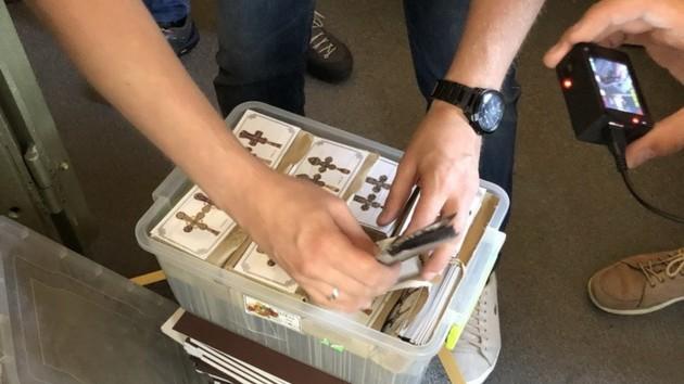 СБУ перекрыла канал контрабанды ювелирных изделий из оккупированного Крыма