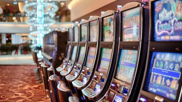 Легализация азартных игр: эксперты оценили идею Зеленского о казино