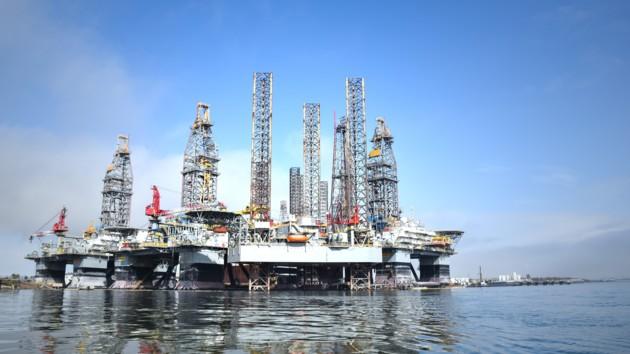 Рынок нефти лихорадит: что происходит с ценами