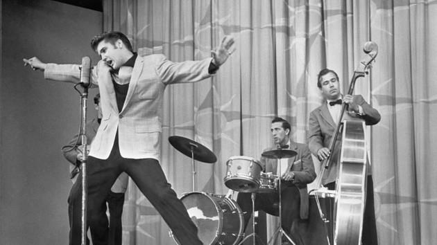 """""""Мне нужно кого-то любить"""": ТОП цитат легендарного Элвиса Пресли"""