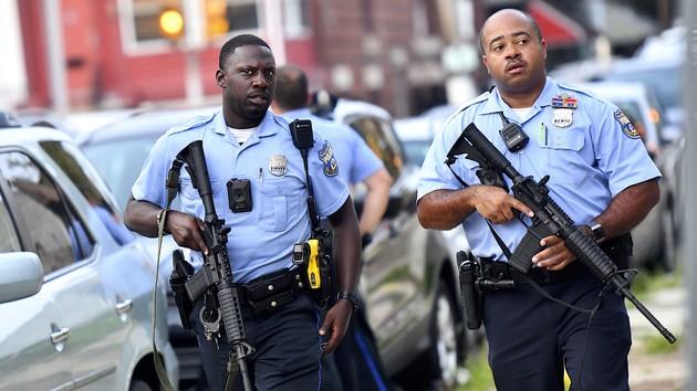 Новый массовый расстрел в США: есть погибшие и раненые