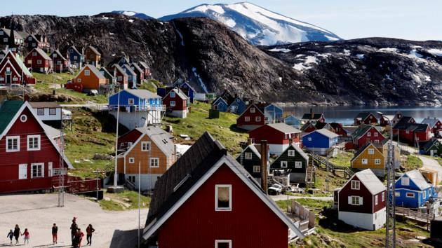 """""""Мы не для продажи"""": в Гренландии прокомментировали планы Трампа"""