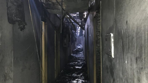 """Первые кадры изнутри. Что осталось от одесской гостиницы """"Токио Стар"""" после пожара (видео)"""