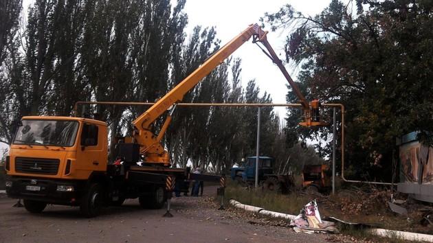 В Новолуганском отремонтировали поврежденный боевиками газопровод