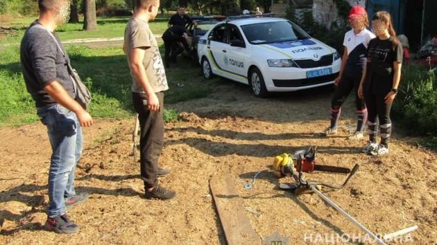 Под Киевом мужчина напал на сотрудника фермы из-за коровы