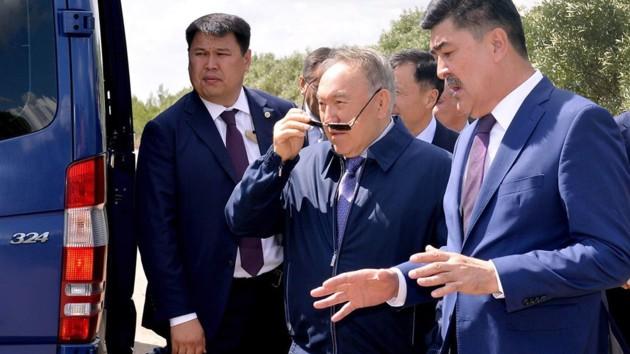 Назарбаев неожиданно снялся в клипе: появилось видео