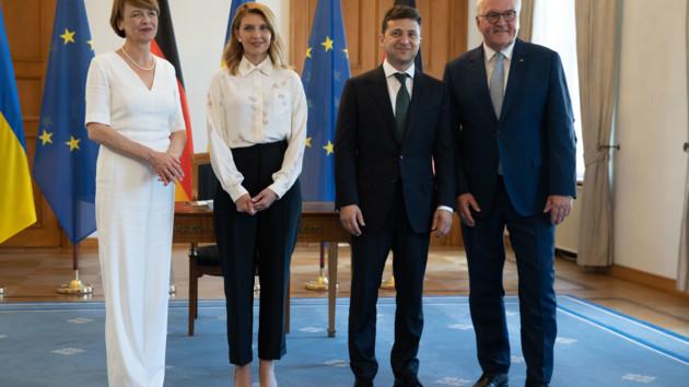 """""""Мужества и силы"""": Штайнмайер поздравил Украину с Днем Независимости"""