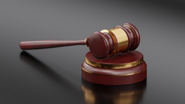 """Вместо штрафа: в оккупированном Крыму """"Свидетель Иеговы"""" загремел за решетку на шесть лет"""