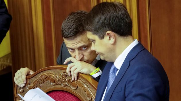 Президент України Володимир Зеленський і спікер Верховної Ради Дмитро Разумков