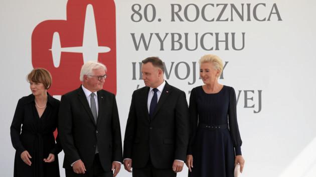 Президенты Германии и Польши Франк-Вальтер Штайнмайер и Анджей Дуда на церемонии памяти начала Второй мировой войны