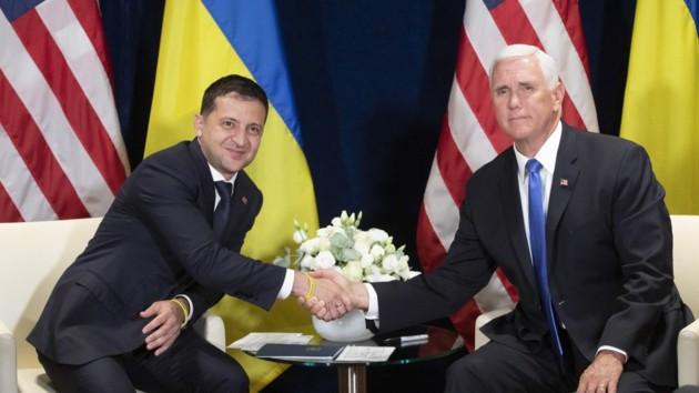 Зеленский провел телефонный разговор с вице-президентом США: что обсудили
