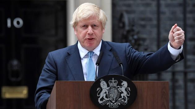 Королева не указ: Джонсон настроен на «жесткий» Brexit