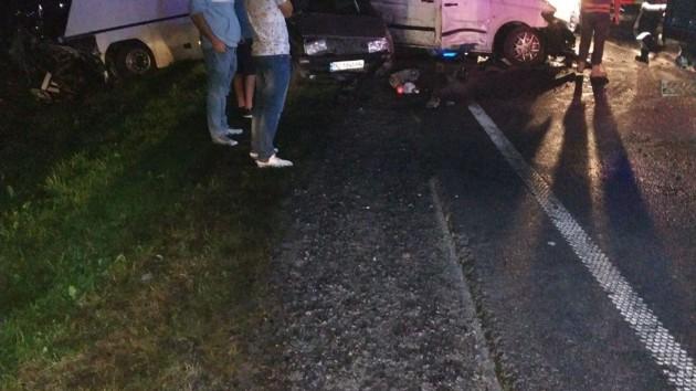 Автобус с детьми попал в ДТП во Львовской области: один погибший 14 раненых