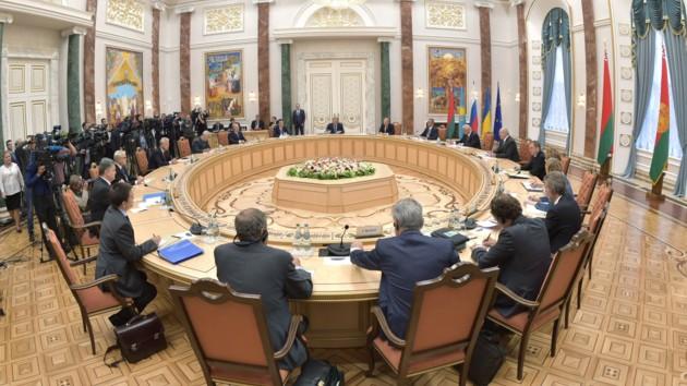 Аппетиты России растут: эксперт о возможных переговорах по Донбассу