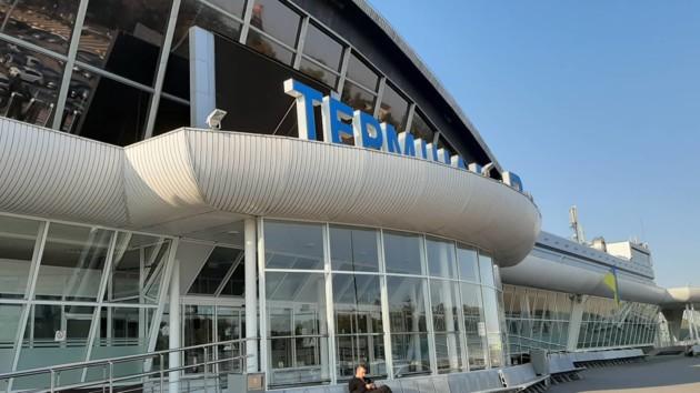 """Аэропорт """"Борисполь"""" в ожидании прибытия пленников Кремля"""