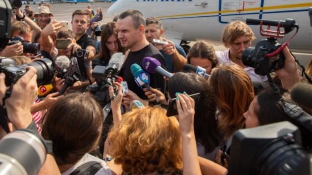 Сенцов и Кольченко дают пресс-конференцию: онлайн-трансляция