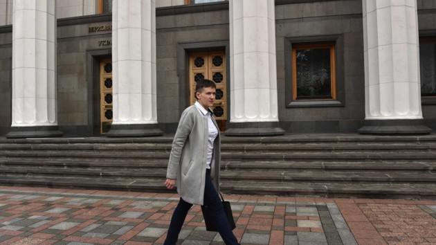 «В поисках работы»: Савченко официально стала безработной