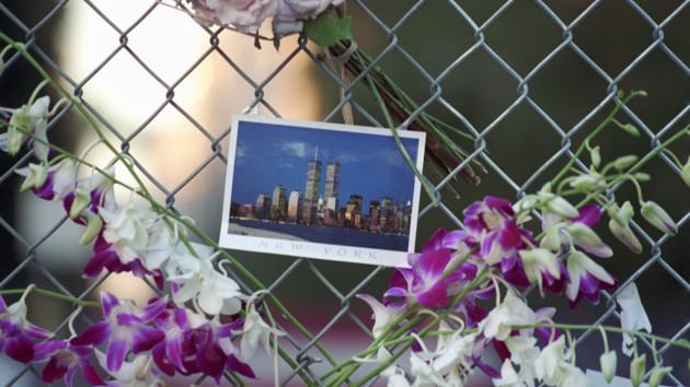 В США почтили память жертв терактов 11 сентября: фото