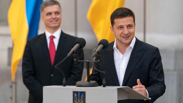 Зеленский официально представил Пристайко на посту главы МИД: опубликовано видео