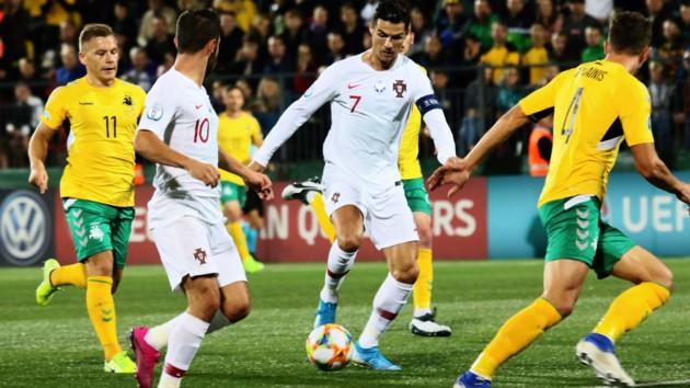 Кина не будет! Роналду стал лучшим бомбардиром отборов на Евро