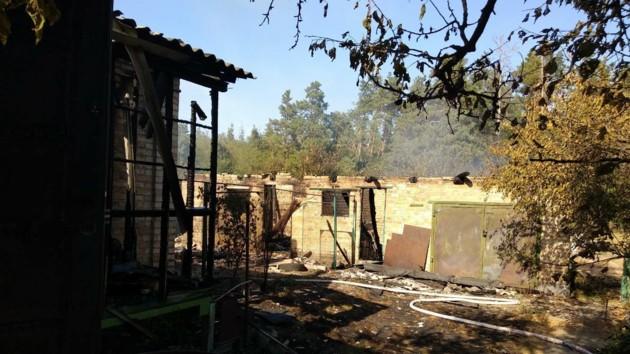 В страшном пожаре под Киевом погиб мужчина
