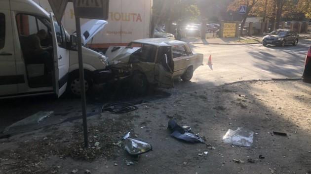 В Харькове в тройном ДТП пострадали дети