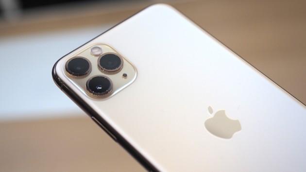 Лучше или хуже: iPhone 11 сравнили с Android-смартфонами