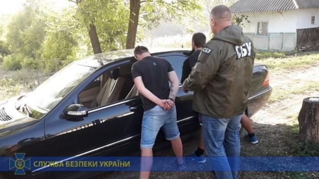 На Буковине ликвидировали крупную нарколабораторию