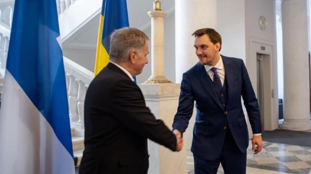 Гончарук встретился с президентом Финляндии: о чем говорили