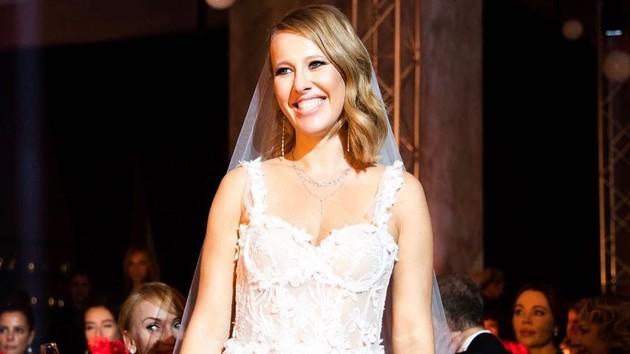 Ксения Собчак на собственной свадьбе показала эротические танцы: видео (18+)