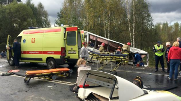 Число жертв аварии с автобусом в России возросло