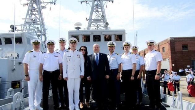 Украинские моряки в США закончили обучение на катерах Island: появились фото