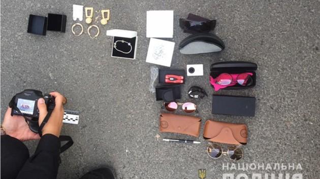 В Киеве на «горячем» поймали двух воров-иностранцев
