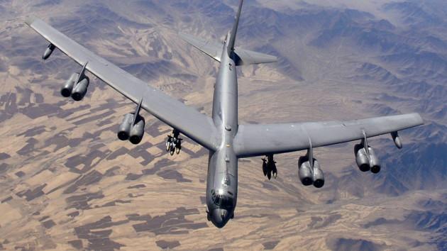 США перебросили в Великобританию еще один бомбардировщик-носитель ядерного оружия