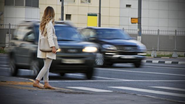 Пешеходы-мошенники. Фото ОПЕНГРАФ