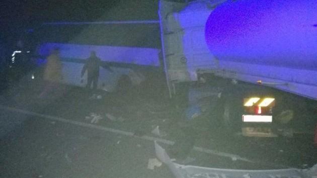 В Житомирской области в страшном ДТП погибли девять человек, много пострадавших