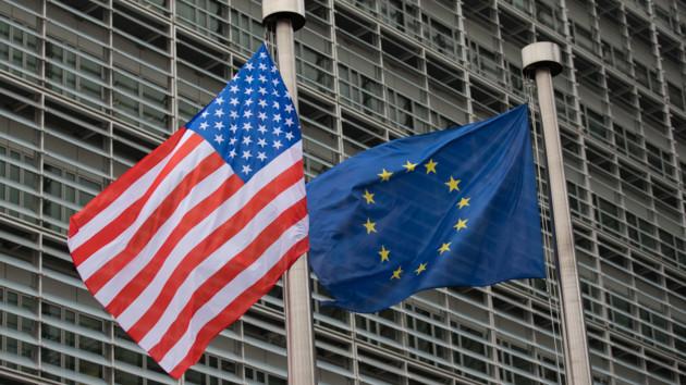 Хто більше допомагає Україні: Америка чи Європа, фото-1