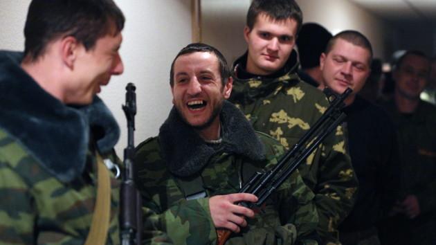 На Донбассе боевики набирают в разведку преступников