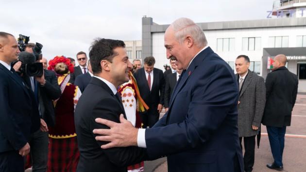 Лукашенко заявил о начале «разбора завалов» в отношениях с Украиной