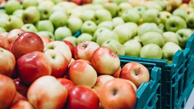 В Украине взлетели цены на яблоки, но до рекорда еще далеко
