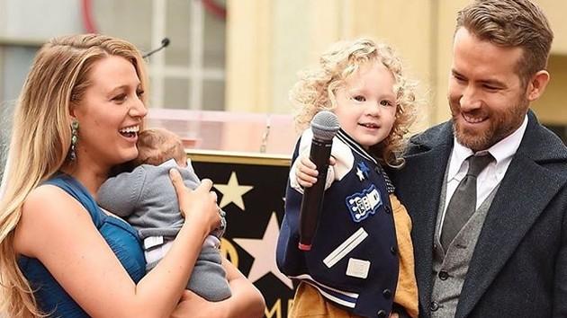 Блейк Лайвли и Райан Рейнольдс стали родителями в третий раз - СМИ