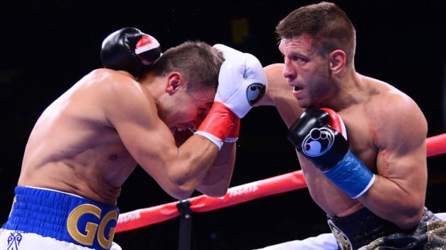 Поднялся после нокдауна и бился с рассечением: украинец заслужил овации после поражения в США