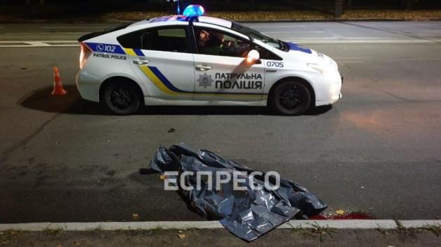 В Киеве джип сбил мужчину на пешеходном переходе