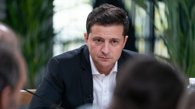 Зеленский о вопросе ПриватБанка: Буду защищать только интересы Украины