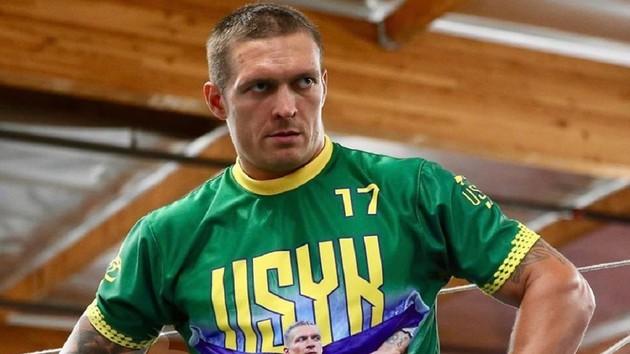 """""""Усик пока не впечатлил"""": знаменитый боксер сомневается в успехе украинца в супертяжелом весе"""