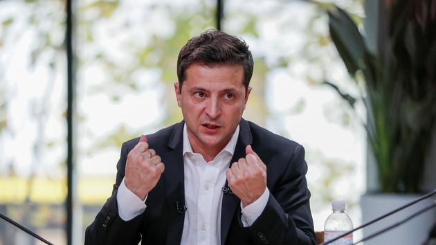 Зеленский окончил 14-часовой пресс-марафон