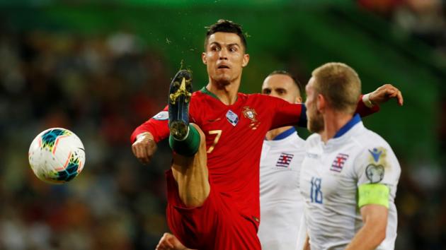 Роналду разбушевался перед Украиной: Криштиану забил уже 700-й гол в своей карьере