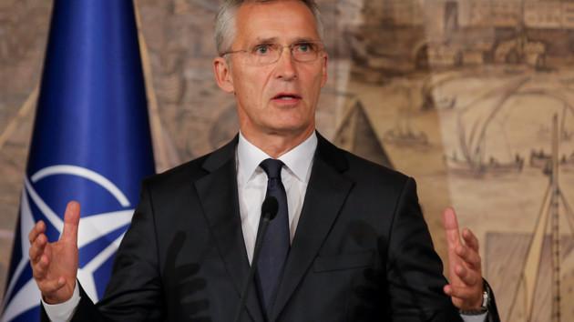 Столтенберг призвал НАТО больше помогать Украине